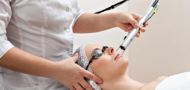 Laserowe odmładzanie skóry twarzy – Resurfacing laserowy