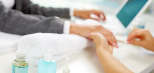 Dlaczego warto chodzić do salonu kosmetycznego?