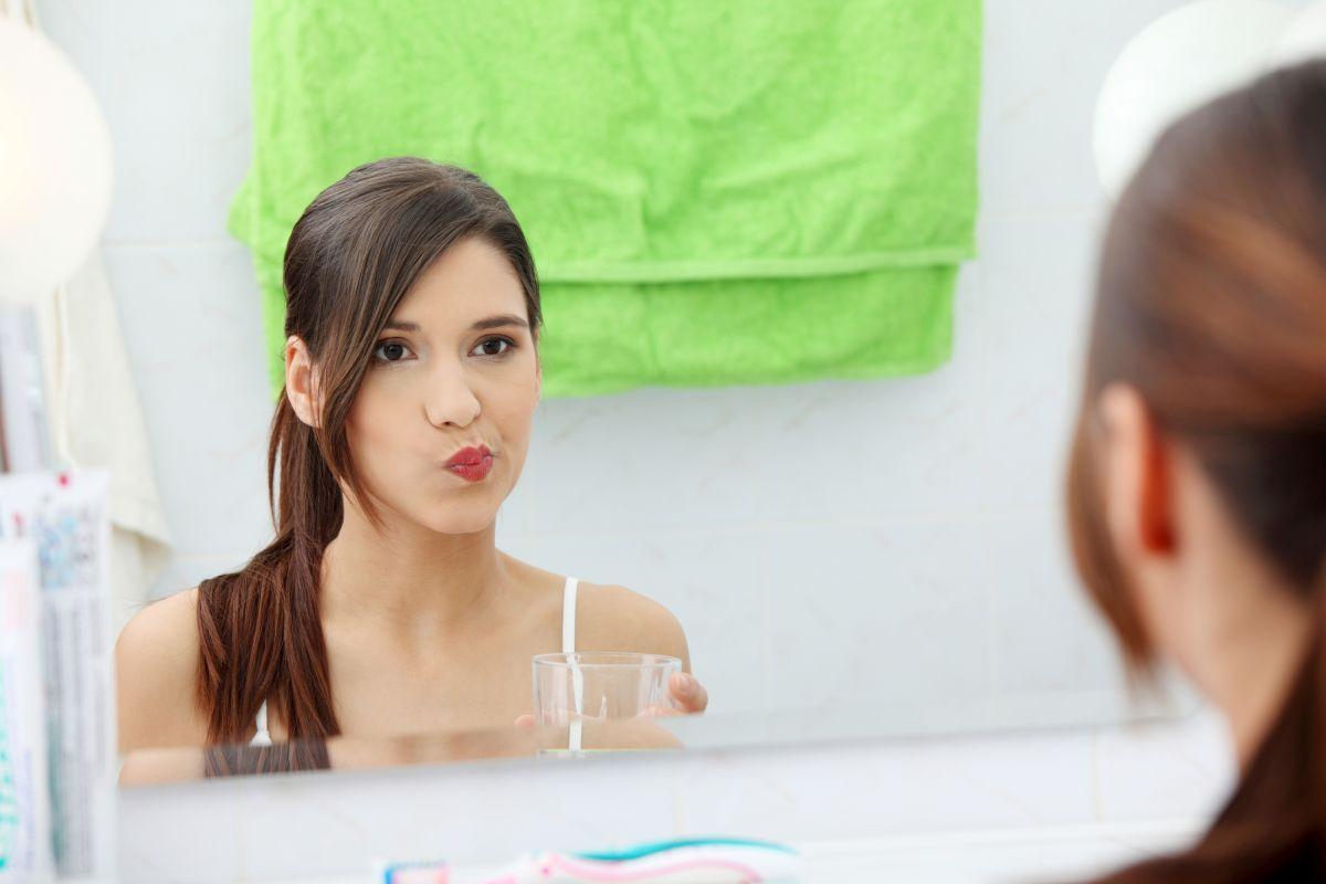Czy nieświeży oddech zawsze oznacza choroby jamy ustnej ?