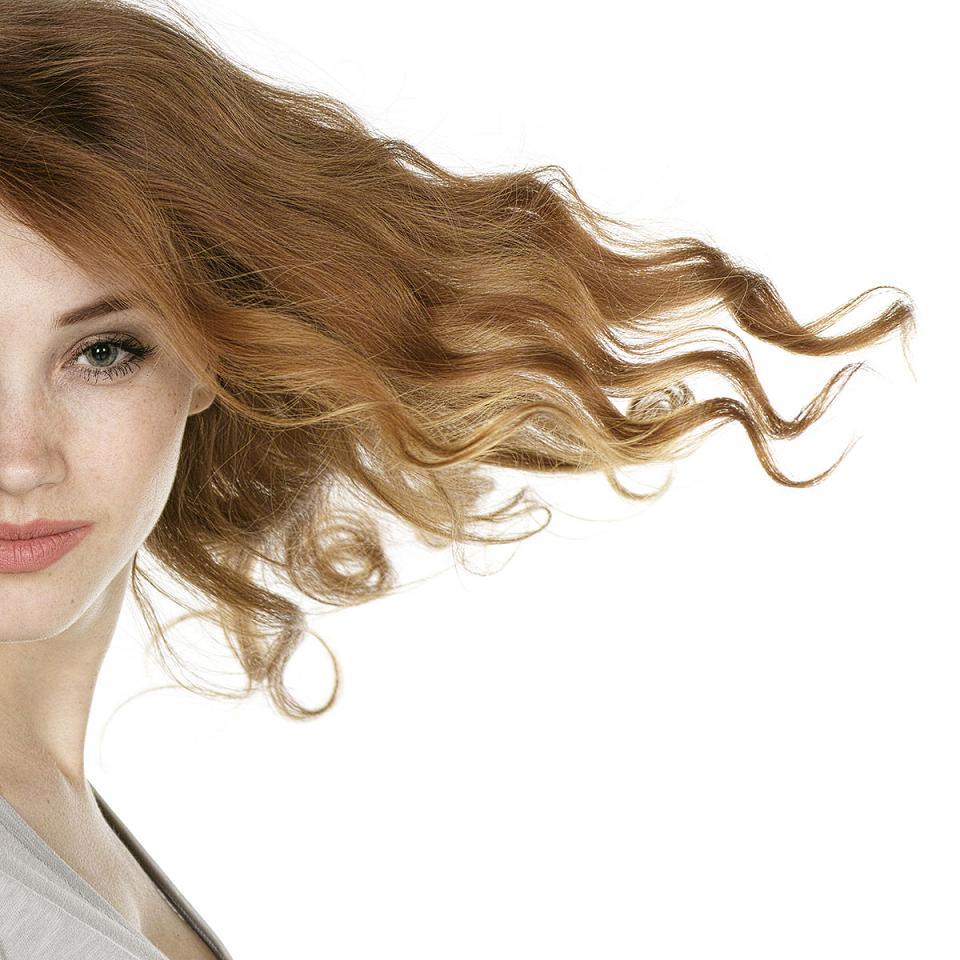 Naturalne domowe sposoby na suche i zniszczone włosy