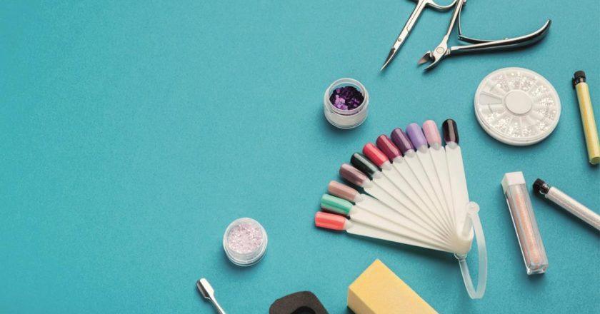 Kolorowe lakiery hybrydowe Semilac