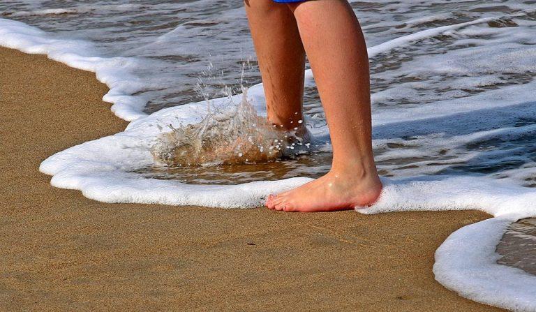 Zabiegi na różnego rodzaju bóle i schorzenia stóp