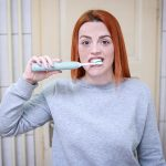 Dlaczego warto stosować płyn do płukania jamy ustnej?
