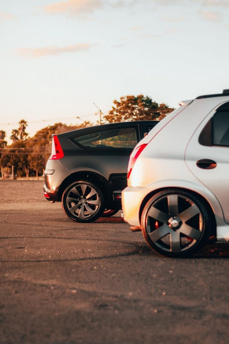 Wskazówki i porady dotyczące zakupów samochodów
